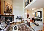 Location vacances Steamboat Springs - Downtown Getaway With Private Garage - Near Ski Resort Townhouse-1