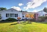 Location vacances Ellsworth - Cozy Ellsworth Home with Yard, 15 Mi to Acadia!-1