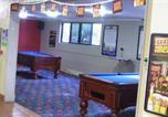 Hôtel Garbutt - Bushland Beach Tavern-2