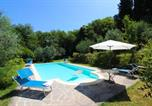 Location vacances Monte San Savino - Torricella Villa Sleeps 4 Pool Air Con Wifi-4
