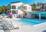 Location vacances Labin - Apartments Villa Vires-1