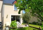 Location vacances Le Minihic-sur-Rance - House with 2 bedrooms in Saint Jouan des Guerets with enclosed garden and Wifi-1