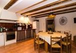 Location vacances Sant Martí Vell - San Sadurni Villa Sleeps 16 Pool Wifi-2