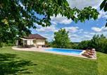 Location vacances Prelog - Three-Bedroom Holiday Home in Ludbreg-1