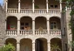 Location vacances Lézignan-la-Cèbe - Hotel D´ Alfonce-1
