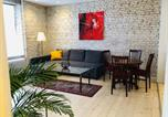 Location vacances Brovst - Central cozy and bright apartment-1