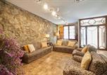 Location vacances Teià - 30min to Barcelona, Groups Families, Ac Wifi, Beach Stylish House-1