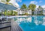 Location vacances Palm Cove - Beach Club Palm Cove 2 Bedroom Luxury Penthouse-2