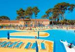 Camping avec Piscine couverte / chauffée Souvignargues - Résidence-Club Domaine le Mas des Vignes-1