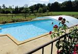 Location vacances Vernie - Holiday home Domfront en Champagne 53 with Outdoor Swimmingpool-3