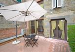 Location vacances  Province d'Arezzo - Appartamento Passerini-1