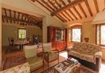 Location vacances Laterina - Three-Bedroom Holiday home Civitella d.Chiana Ar 05-3
