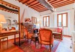 Location vacances Montepulciano - Vintage Holiday Home in Montepulciano with Heating-1