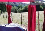 Location vacances Beynat - La Petite Maison De La Vallée-2