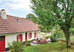 Location vacances Mailly-Maillet - Three-Bedroom Holiday Home in Gouy en Ternois-1