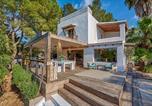 Location vacances Sant Josep de sa Talaia - San Jose Villa Sleeps 12 Pool Air Con Wifi-3