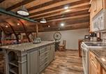 Location vacances Fergus Falls - 'The Boars Abode' Renovated Barn Home in Donnelly!-2