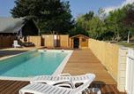 Camping avec WIFI Saint-Laurent-en-Beaumont - Camping Le New Rabioux-1