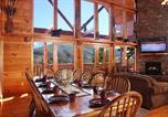 Location vacances Gatlinburg - Bear's Eye View, 4 Bedrooms, Home Theater, Gaming, Hot Tub, Sleeps 14-1