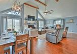 Location vacances Clarksville - Exceptional Home on Lake Barkley w/Fire Pit & Bar!-4