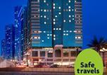 Location vacances  Émirats arabes unis - Golden Tulip Hotel Apartments-1