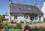 Location vacances Tréduder - Holiday home Rue Des Ecoles-1