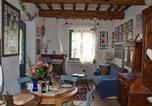 Location vacances Gualdo Cattaneo - Toscella Villa Sleeps 6 with Pool Air Con and Wifi-3