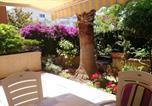 Location vacances Hyères - Appartement d'une chambre a Hyeres avec magnifique vue sur la ville jardin clos et Wifi a 3 km de la plage-2