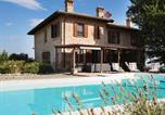 Location vacances Lugagnano Val d'Arda - Spacious Villa in Tabiano Castello with Swimming Pool-2