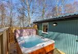 Location vacances Beauly - Heather Lodge 12 with Hot Tub-3