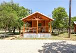 Location vacances Kerrville - God's Country Cabins - Grace-2