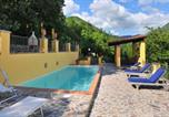 Location vacances Vicchio - House with 2 bedrooms in Gattaia with wonderful mountain view private pool enclosed garden-2