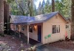 Location vacances Fish Camp - Hibernation Hideaway-1