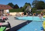 Camping avec Piscine couverte / chauffée Rochefort-sur-Loire - Camping L'Arada Parc-1