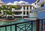 Location vacances Port Douglas - Sonia's at the Regal 1-Bedroom apartment with spa-1