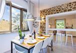 Location vacances Montescudaio - Villa Cesarina_amazing renovated Villa with Pool_bellissima Villa ristrutturata con Piscina-4