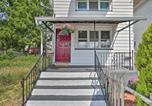 Location vacances Clarks Summit - Dtwn Wilkes-Barre Apt - Walk to Parks & Shops!-1