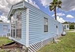 Location vacances Gainesville - Cozy Lakefront Cabin in Ocala with Deck and Grill!-1