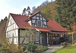 Location vacances Ronshausen - Detached holiday home in Rotenburg an der Fulda with fireplace and a large terrace-1