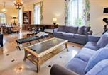 Location vacances Saignon - Beautiful home in Apt with Outdoor swimming pool, Wifi and 7 Bedrooms-2