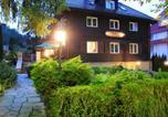 Location vacances Polanica-Zdrój - Pensjonat Willa w Parku-1