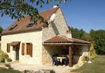 Location vacances  Lot - Spacious Holiday Home with Private Pool in Uzech-2