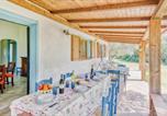 Location vacances  Province de Nuoro - Holiday Home Domus Depina 08-4