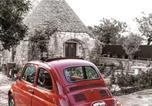 Location vacances  Province de Brindisi - L'Alcova nei Trulli-1