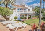 Location vacances La Cala de Mijas - Four-Bedroom Holiday Home in Mijas Costa-3