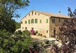 Location vacances Agugliano - Mansion with 4 bedrooms in Casenuove with wonderful mountain view enclosed garden and Wifi 19 km from the beach-1