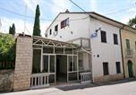 Location vacances Crikvenica - Selce Apartment Sleeps 4 Air Con Wifi-1