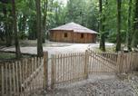 Location vacances  Essonne - L'isba des bois, hors du temps-3