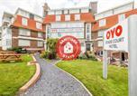 Hôtel Folkestone - Oyo Stade Court Hotel-1