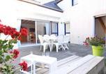 Apartment Carnac, proche plage et commerces, maison 3 pièces + coin cabine. piscine chauffee